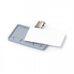 CLIP-CARD BADGE WITH CLIP